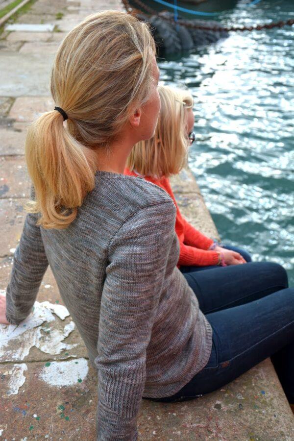 Présentation des pulls Petit Large et Grand Large, patron de tricot de Julie Partie