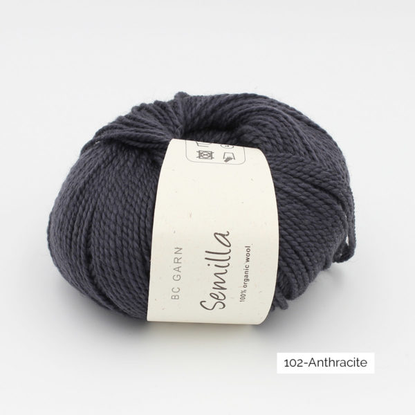A ball of BC Garn Semilla, in the Anthracite colorway (dark grey)
