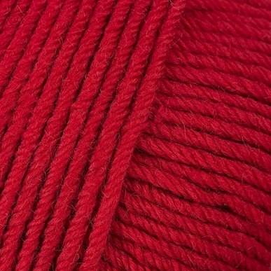 Gros plan sur une pelote de Semilla Grosso de BC Garn coloris 124 (rouge feu)