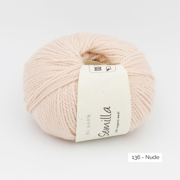 A ball of BC Garn Semilla, in the Nude colorway