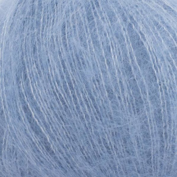 Zoom on a ball of Silky Kid by Kremke Soul Wool in the Jeans colorway