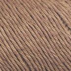 Gros plan sur le fil Allino de BC Garn, coloris 02 (brun moyen)