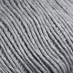 Gros plan sur le fil Allino de BC Garn, coloris 07 (gris moyen)