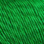 Gros plan sur le fil Allino de BC Garn, coloris 36 (vert prairie)