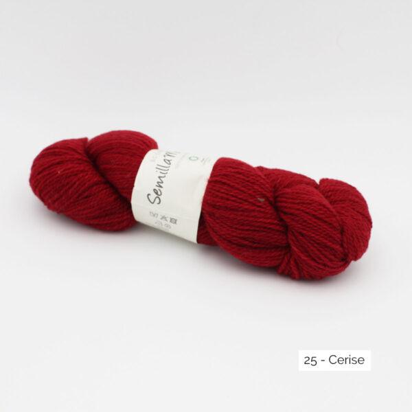 Un écheveau de Semilla Melange de BC Garn coloris Cerise (rouge franc)