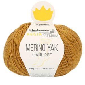 Une pelote de Regia Premium Merino Yak coloris Doré