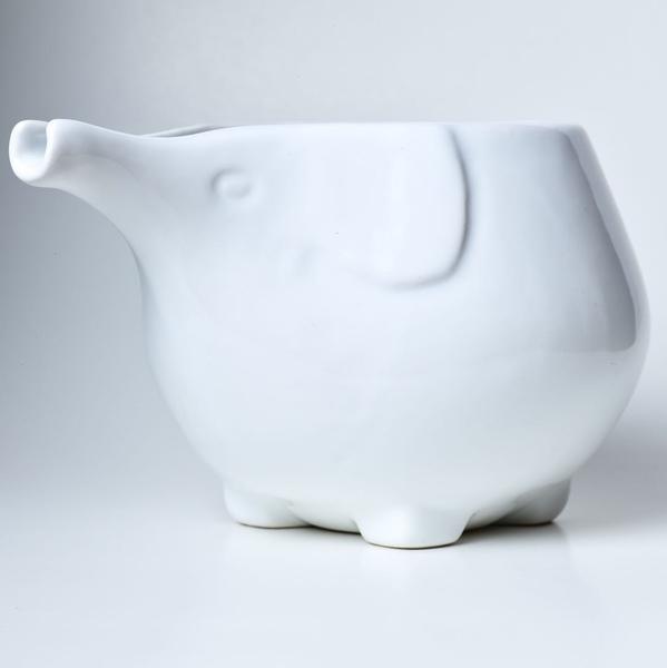 Bol à laine en céramique fait main modèle Eléphant de la marque Furls