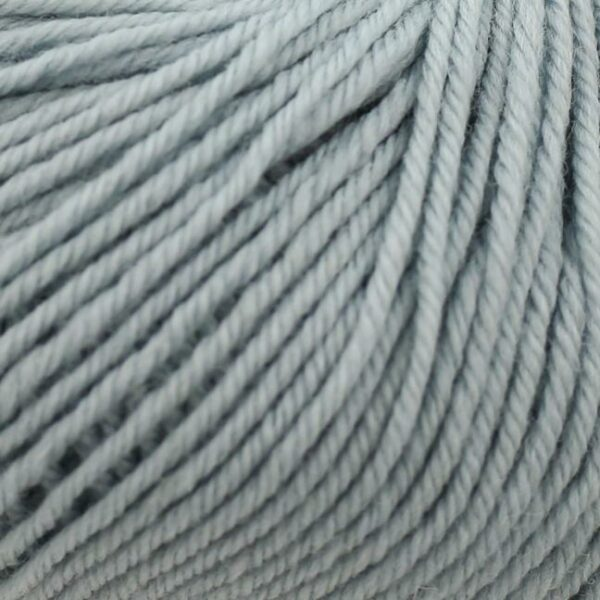 Zoom on a ball of Kremke Soul Wool's Bébé Soft Wash in the Bleu Ciel colorway (sky blue)