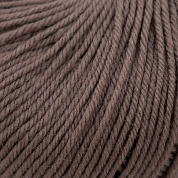 Zoom on a ball of Kremke Soul Wool's Bébé Soft Wash in the Taupe colorway