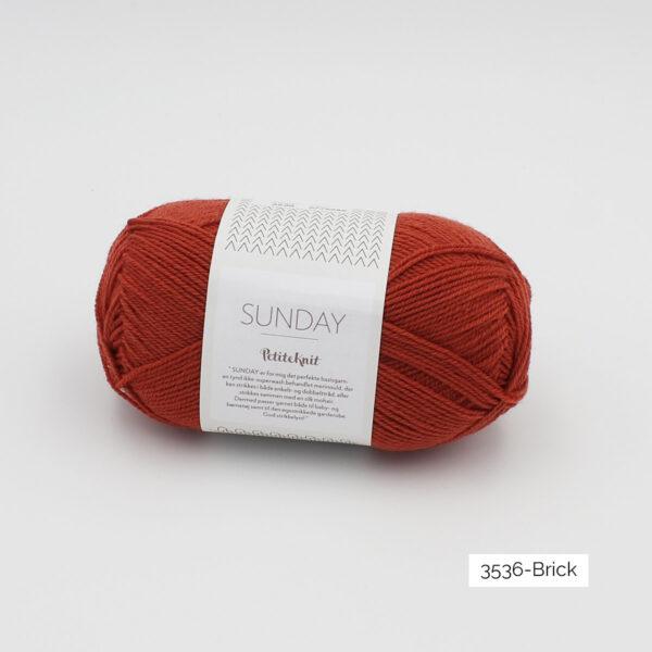 Pelote de Sunday by Petite Knit pour Sandnes Garn coloris Brick