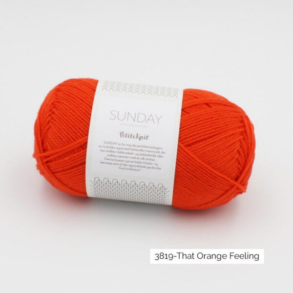 Pelote de Sunday by Petite Knit pour Sandnes Garn coloris That Orange Feeling