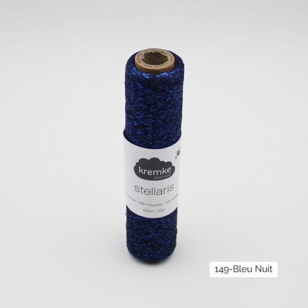 Un cône de Stellaris de Kremke, coloris Bleu Nuit (bleu marine et fil brillant bleu électrique)
