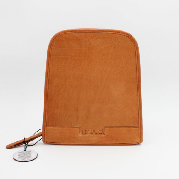 Display of a Trondheim needle organizer, case designed by Muud, in the whisky colorway, open