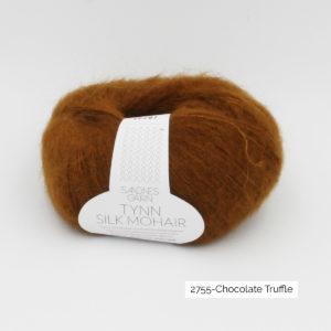 Pelote de Tynn Silk Mohair Sandnes Garn coloris Chocolate Truffle sur fond blanc