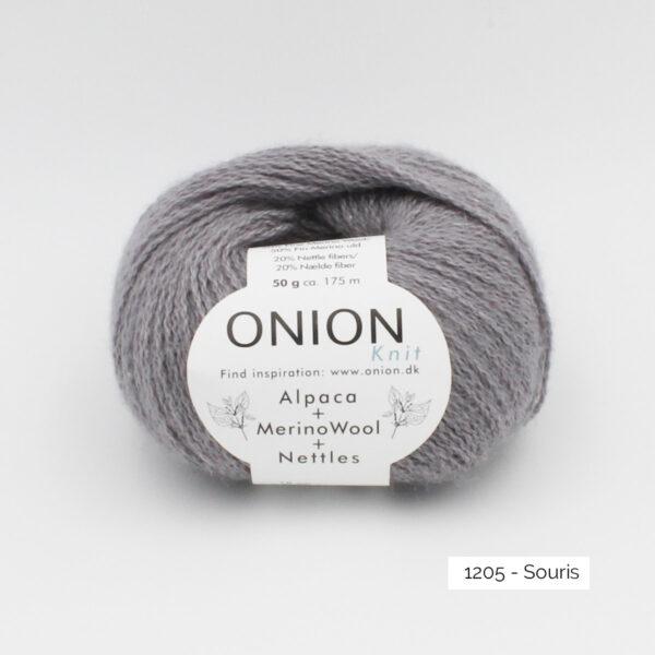 One ball of Onion Alpaca Merino Nettles, in the Souris colorway (medium grey)