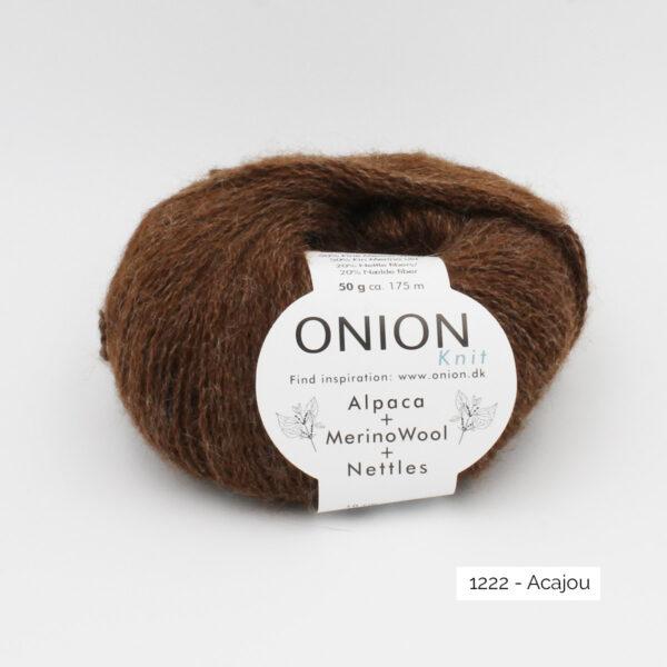 Une pelote d'Alpaca Merino Nettles d'Onion, coloris Acajou