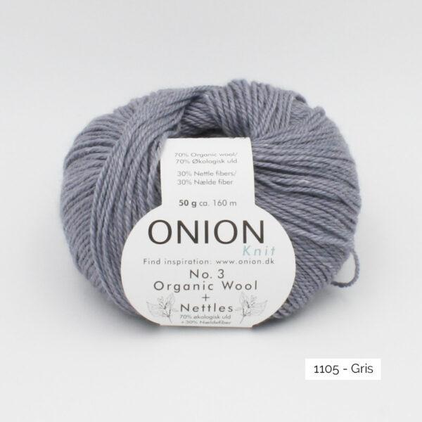 Une pelote d'Organic Wool + Nettles n°3 d'Onion coloris Gris
