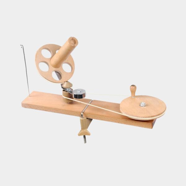 Présentation d'un bobinoir en bois Knit Pro