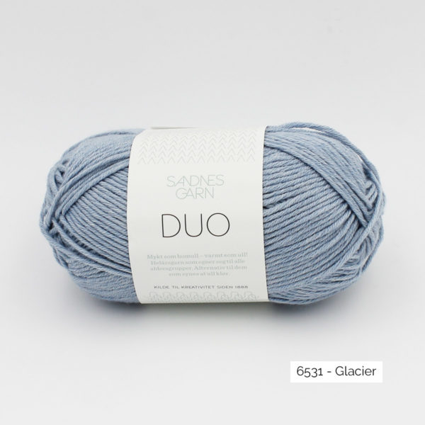 A ball of Sandnes Garn Duo in the Ice colorway
