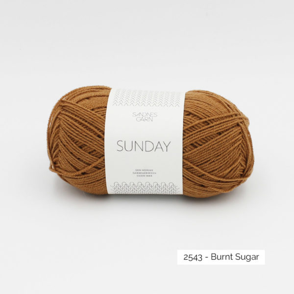 Pelote de Sunday by Petite Knit pour Sandnes Garn coloris Burnt Sugar