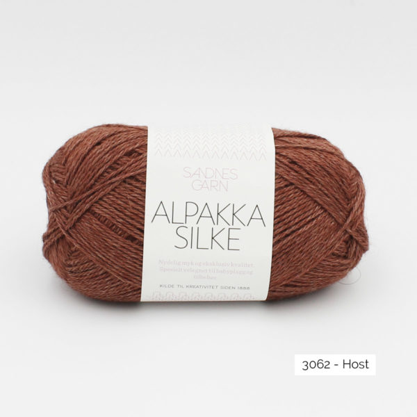 Sandnes Garn Alpakka Silke ball in the colorway Host