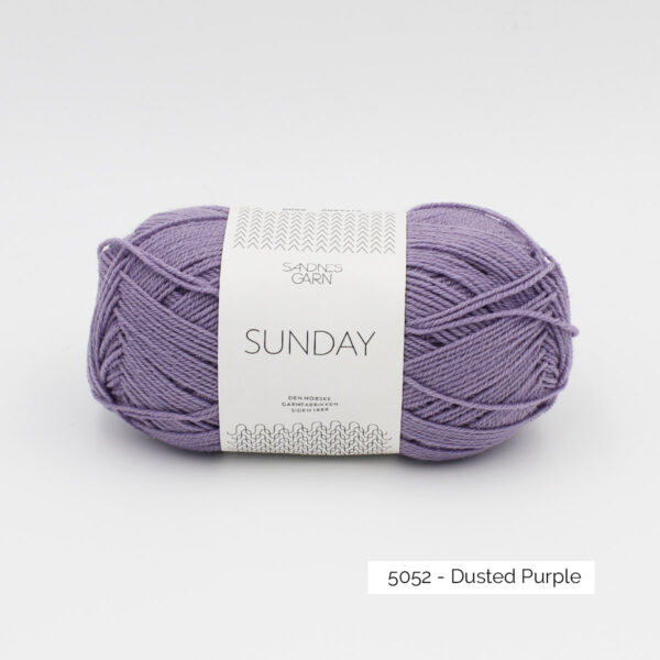Pelote de Sunday by Petite Knit pour Sandnes Garn coloris Dusted Purple