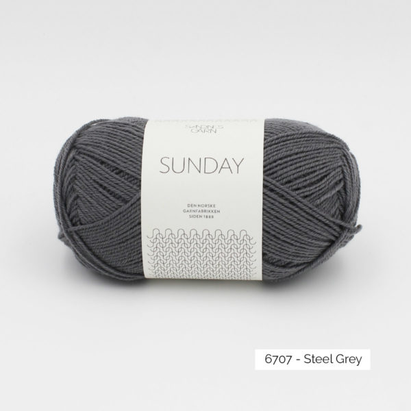 Pelote de Sunday by Petite Knit pour Sandnes Garn coloris Steel Grey