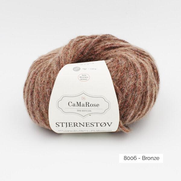 Une pelote de Stjernestov de CaMaRose coloris Bronze (marron chaud avec paillettes bronze)