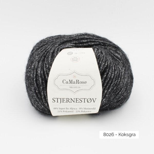 Une pelote de Stjernestov de CaMaRose coloris Koksgra (gris anthracite avec paillettes argent)