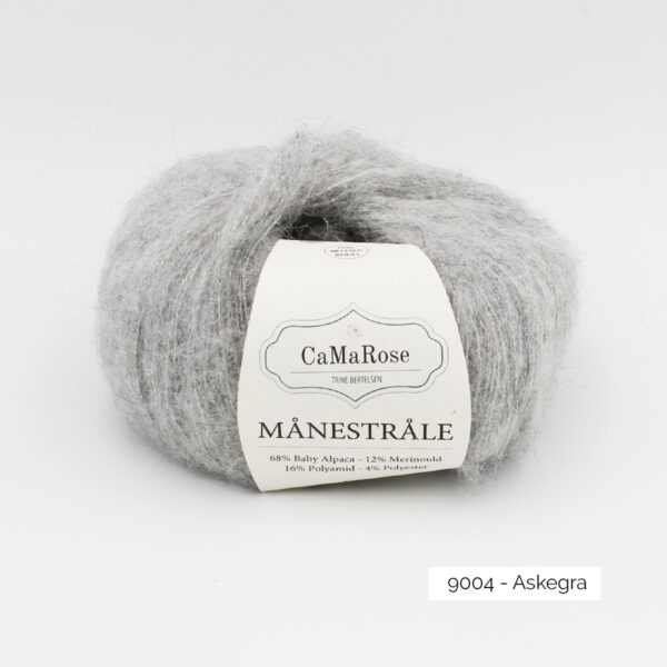 A ball of CaMarose Manestrale in the Askegra colorway (light grey)