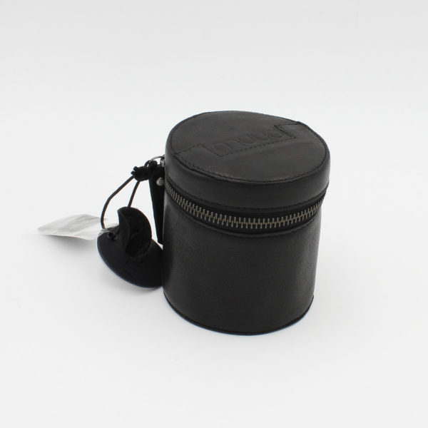 Display of a Rock leather pouch by Muud, in black
