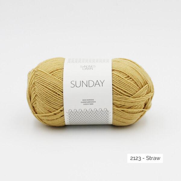 Pelote de Sunday by Petite Knit pour Sandnes Garn coloris Straw