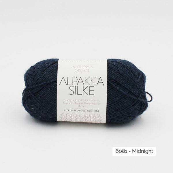 Sandnes Garn Alpakka Silke ball in the colorway Midnight