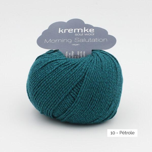 Une pelote de Morning Salutation de Kremke Soul Wool coloris Pétrole