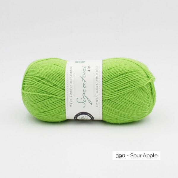 Pelote de Signature de West Yorkshire Spinners coloris Sour Apple (vert pomme vif)