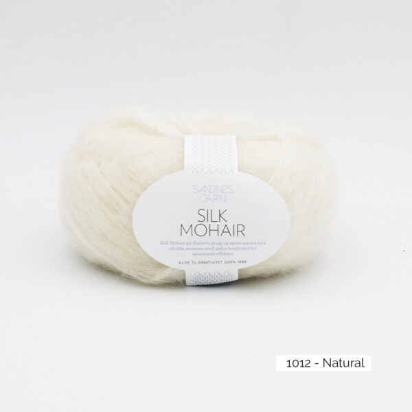A skein of Sandnes Garn Silk Mohair, in the Natural colorway