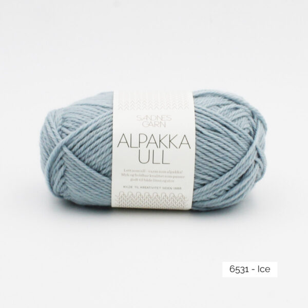 One skein of Sandnes Garn Alpakka Ull on a white background, in the Ice colorway
