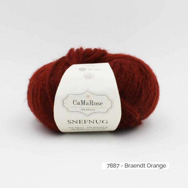 Une pelote de Snefnug de CaMaRose, coloris Braendt Orange (terre cuite)