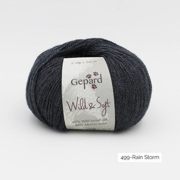 Une pelote de Wild & Soft de Gepard Garn, coloris Rain Storm (anthracite)