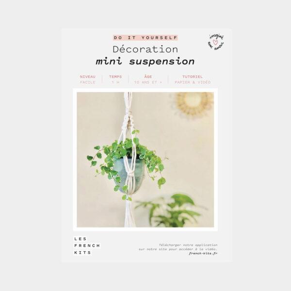 """Présentation de la boîte d'un kit de macramé """"Mini Suspension"""" de Les French'kits"""
