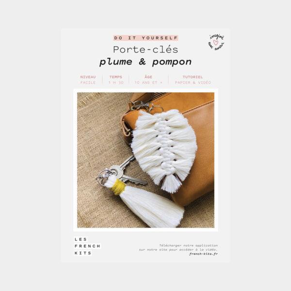 """Présentation de la boîte d'un kit DIY """"Porte-clés Plume et Pompon"""" de Les French'kits"""