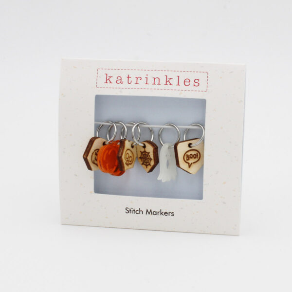 Display of an Halloween themed stitch markers set, in limited edition, designed by Katrinkles