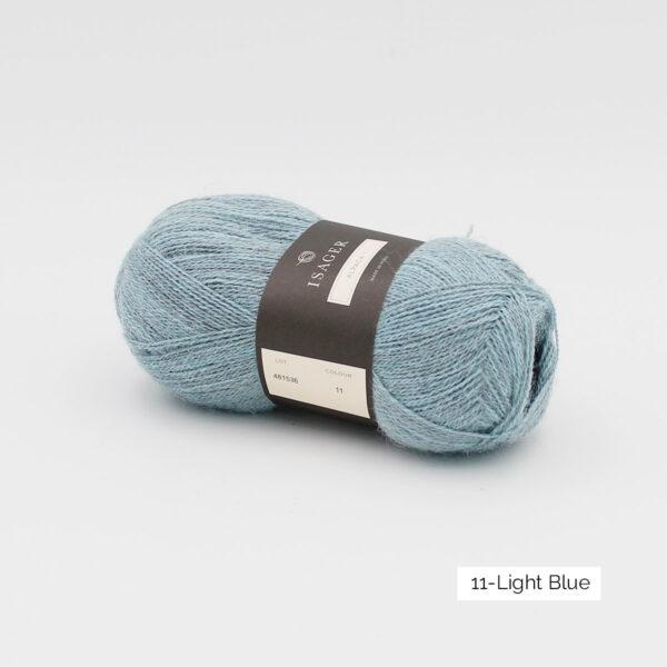 Une pelote d'Alpaca1 d'Isager coloris Light Blue (bleu clair grisé)