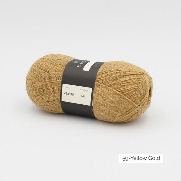 Une pelote d'Alpaca1 d'Isager coloris Yellow Gold (jaune doré)