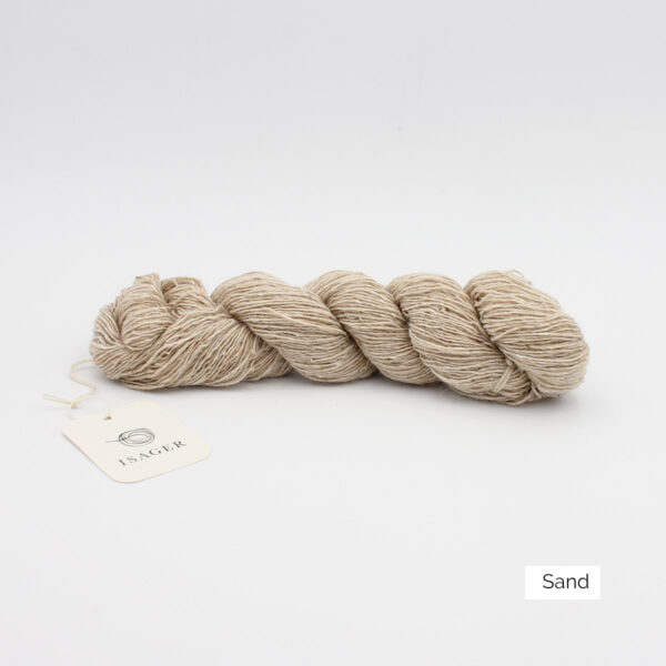 A skein of Isager's Tweed in the Sand colorway