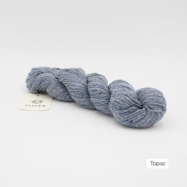 A skein of Isager's Tweed in the Topaz colorway
