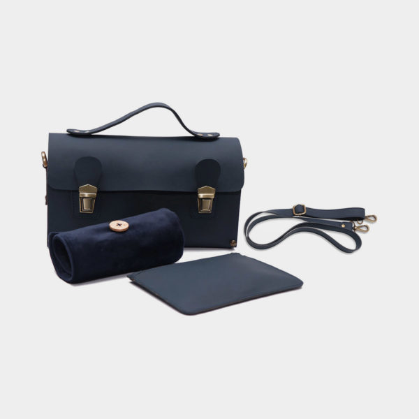 Display of the velvet pouch, PU leather pouch and binder-like case that comes with the Smart Stix set