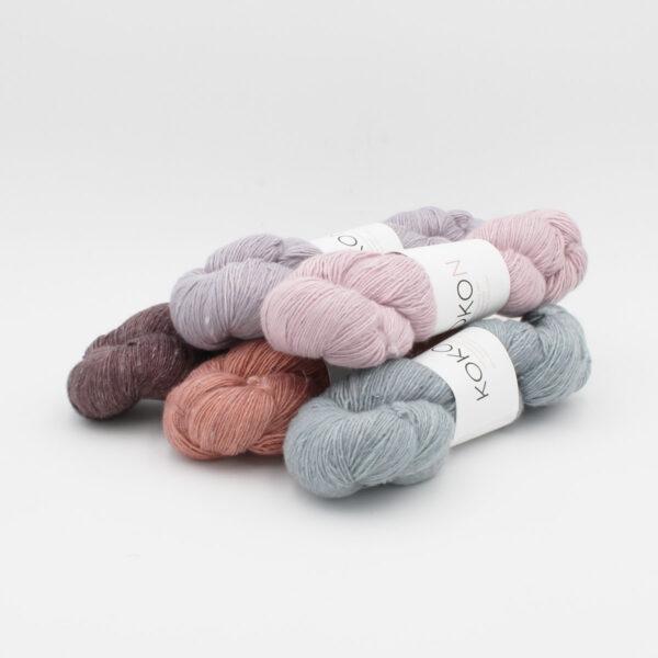 Cinq écheveaux de Kokon Merino Linen dans des coloris assortis