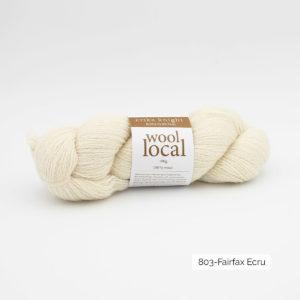 Un écheveau de Wool Local d'Erika Knight coloris Fairfax Ecru (naturel)