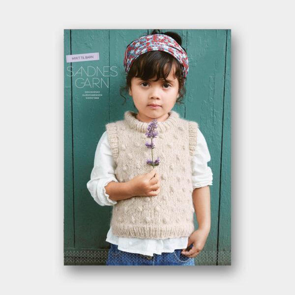 Couverture du catalogue de patrons de tricot pour enfants de Sandnes Garn n°2012